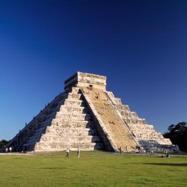 Pyramid of Kukulcan at Chichen Itza