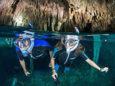 snorkel-en-cenotes-tulum-mexico